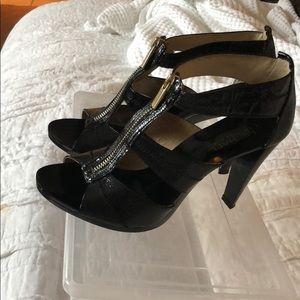 Excellent condition Michael Kors heels